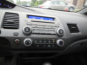 2006 Honda Civic DX-G Berline ** 83 500 KM ** NEGOCIABLE Lac-Saint-Jean Saguenay-Lac-Saint-Jean image 6