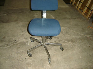 Used office chaires in good shape $50 and up stacking chairs$40 Regina Regina Area image 5