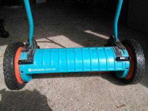 Gardena push lawnmower
