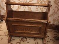 Magazine wooden holder