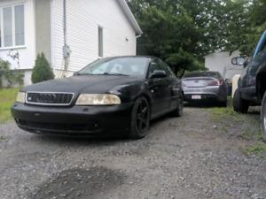 Audi a4 2001(b5)  quattro 2000 $ fau ca part je retourne en Albe