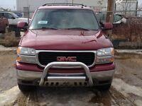 2004 GMC Yukon SLE SUV, Crossover
