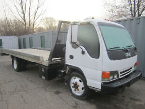 2001 GMC flat bed tow truck