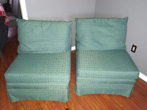 Cosy Slip Chairs Excellent Condition Kawartha Lakes Peterborough Area image 1