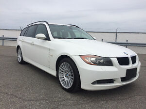 2007 BMW  328 XI   Touring package   Panoramic roof