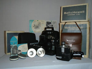 BELL & HOWELL AUTOLOAD AUTOMATIC MOVIE OUTFIT