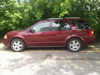 2005 Ford FreeStyle/Taurus X Cuir&toit ouvrant Familiale