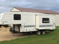 1994 FLEETWOOD PROWLER 22 FT FIFTH WHEEL