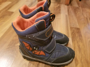 Geox boy shoes size 1 with lights