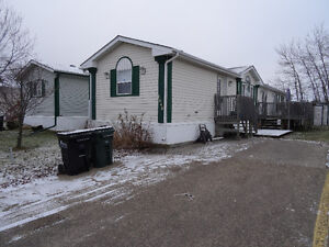 Gorgeous mobile home at Jubilee Landing Strathcona County Edmonton Area image 1