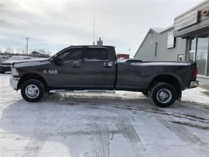 2017 RAM 3500 SLT | Dual Wheels | Heated Seats