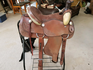 Tough 1 King Series Roping Saddle