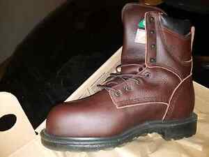 Red wings size 8.5 new