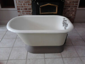 Antique Bath Tub