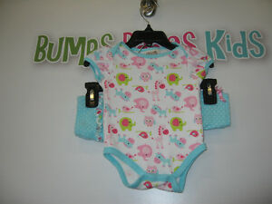 Girl's 6/9 months (Chick pea) 2pcs outfit London Ontario image 1