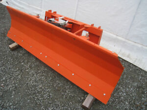 gratte hydraulique pour tracteur attache skid steer