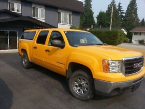 2009 GMC Sierra 1500 Club Cab 4x4 low mileage 131k