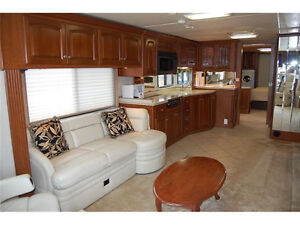 Class A Coach For Sale or Trade for 5th Wheel and Truck London Ontario image 3