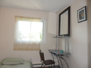1 bedroom for sublet in 2 bedroom apartment