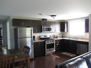 Fully Furnished 2 Bedroom Apartment - Utilities/FibreOp TV/Wi-Fi