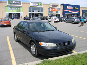 1998 Toyota Camry LE Sedan West Island Greater Montréal image 6
