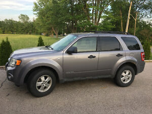 2008 Ford Escape XLT 4WD (6cyl) SUV, Crossover