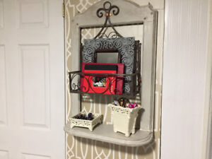 Shabby chic wall shelf makes a unique gift