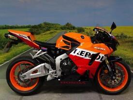 Honda CBR600RR 2014 **STUNNING REPSOL WITH VERY NICE EXTRAS!**