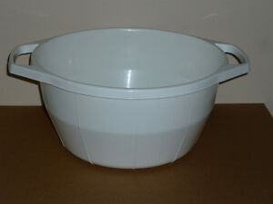 "2 Very Large White Plastic Bowls with Handles : 12""W x 7""D Cambridge Kitchener Area image 1"