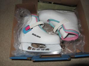 Like New Bauer Lil Angel Size 10/11 Hockey Skates