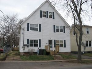 Large 3 bedroon near holland college