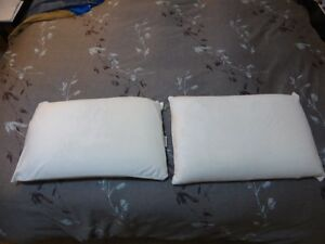 Memory Foam Queen Sized Pillows, NEW, x2
