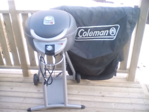 Coleman Electric Barbecue With Cover
