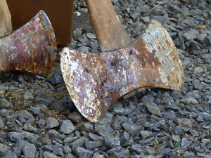 Wanted: Old rusted axes and knives Kitchener / Waterloo Kitchener Area image 1