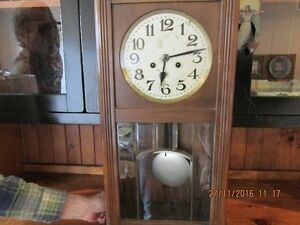 + Old Clock with Windup Key + London Ontario image 6