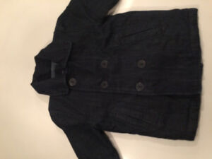 gap jean jacket sz 2