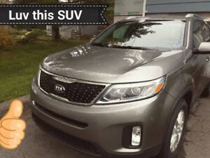 2015 KIA SORENTO with LOW Kilometers