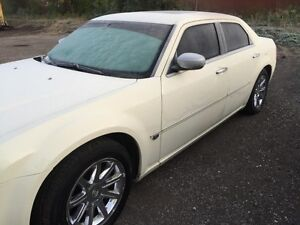 2005 Chrysler 300-Series hemi Sedan