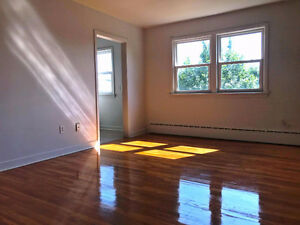 2 BEDROOM AVAILABLE NOW!