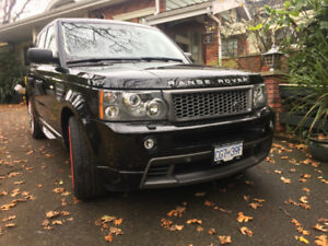 2009 Range Rover Sport Supercharged V8 in Santorini Black