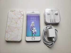 iPhone 5s 16gb Unlocked- Silver - Like New Condition