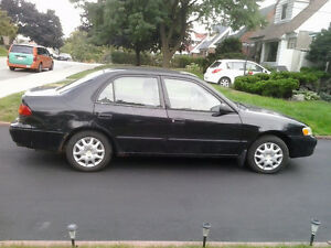 2000 Toyota Corolla VE Sedan $1000 o.b.o.