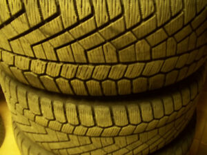 2 pneus 205/55R16 Continental ExtremeContact