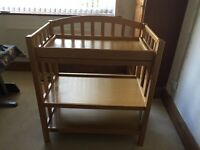 Baby changing unit / toy storage unit