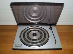 Bang and Olufsen Turntable Beogram 1602