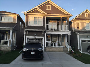 Executive Home: 3 Beds, Den, BnsRM, 3 Baths,Southwinds,Airdrie