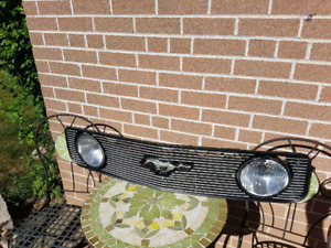 Mustang Grill with lights