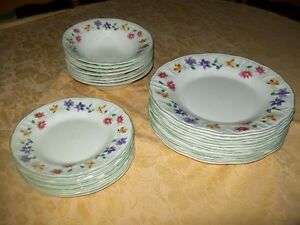 ENSEMBLE de vaisselle ''EVERYDA GIBSON''