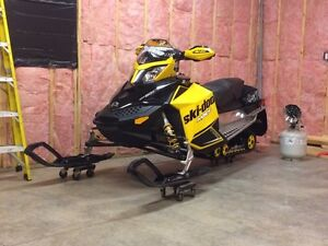 2008 skidoo rev xp800-great shape!