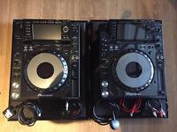 Pioneer CDJ 2000 nexus pair